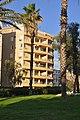 Building near Subotnik Garden Tel Avi - panoramio.jpg
