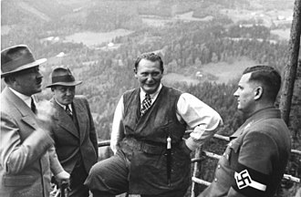 Baldur von Schirach - Schirach (right) with Hitler, Bormann and Göring at the Obersalzberg.