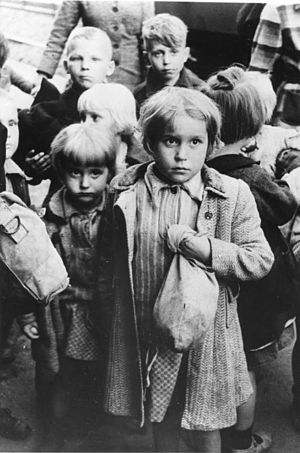 Fear - Frightened children arriving by train in West Germany from Poland, following the successive occupations of Nazi Germany and Soviet Russia, 1948, image from the German Federal Archives