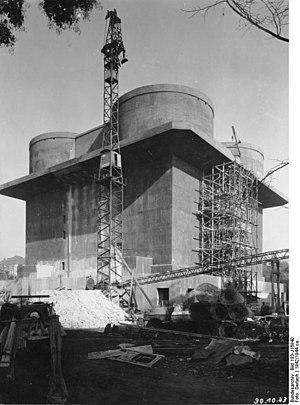 Flak tower - Flak tower during construction (1942).