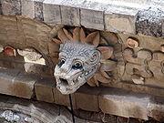 Busto en piedra de Quetzalcóatl, abundantemente repetido en el templo de Teotihuacan
