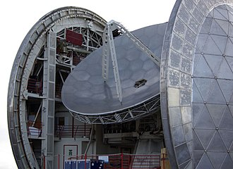 Submillimetre astronomy - The Caltech Submillimeter Observatory at Mauna Kea Observatory was commissioned in 1988, and has a 10.4 m(34 ft) dish
