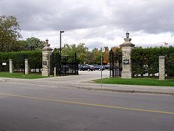 Canadian Forces College Gates.jpg
