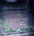 Carl von Linné grave 2007 Upsala.jpg