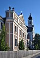 Carmel & Pfarrkirche Zur schmerzhaften Gottesmutter, Maria Jeutendorf.jpg