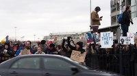 File:Cars honking at protesters at JFK 2.webm