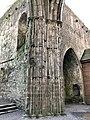 Cashel Cathedral, Rock of Cashel, Caiseal, Éire (46539742412).jpg
