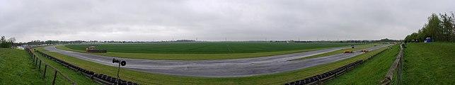 Castle Combe Circuit MMB 82.jpg