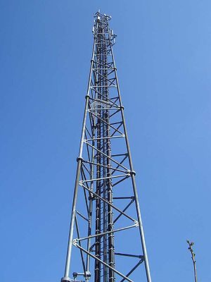 Mobile phone radiation and health - A Greenfield-type tower used in base stations for mobile telephony