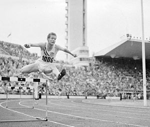 Charles Moore (athlete) - The 1952 Summer Olympics.