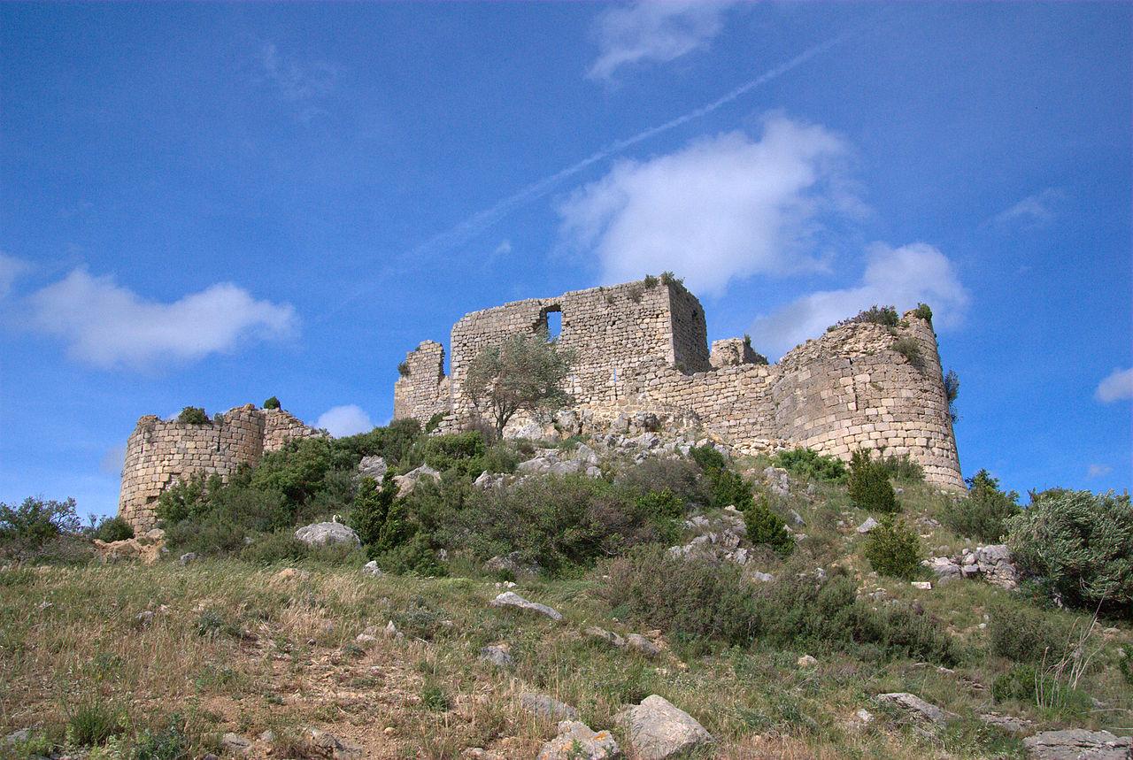Chateau d'Aguilar-87.jpg