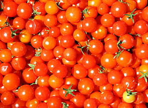 English: Super Sweet 100 Cherry Tomatoes