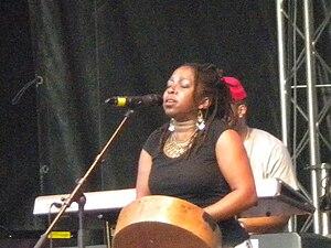 Chiwoniso Maraire - Chiwoniso Maraire live