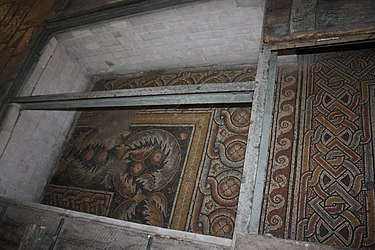 Church of the Nativity mosaic floor 2010 4.jpg