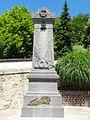 Clairoix (60), monument aux morts, devant l'église, rue d'Oradour 1.JPG
