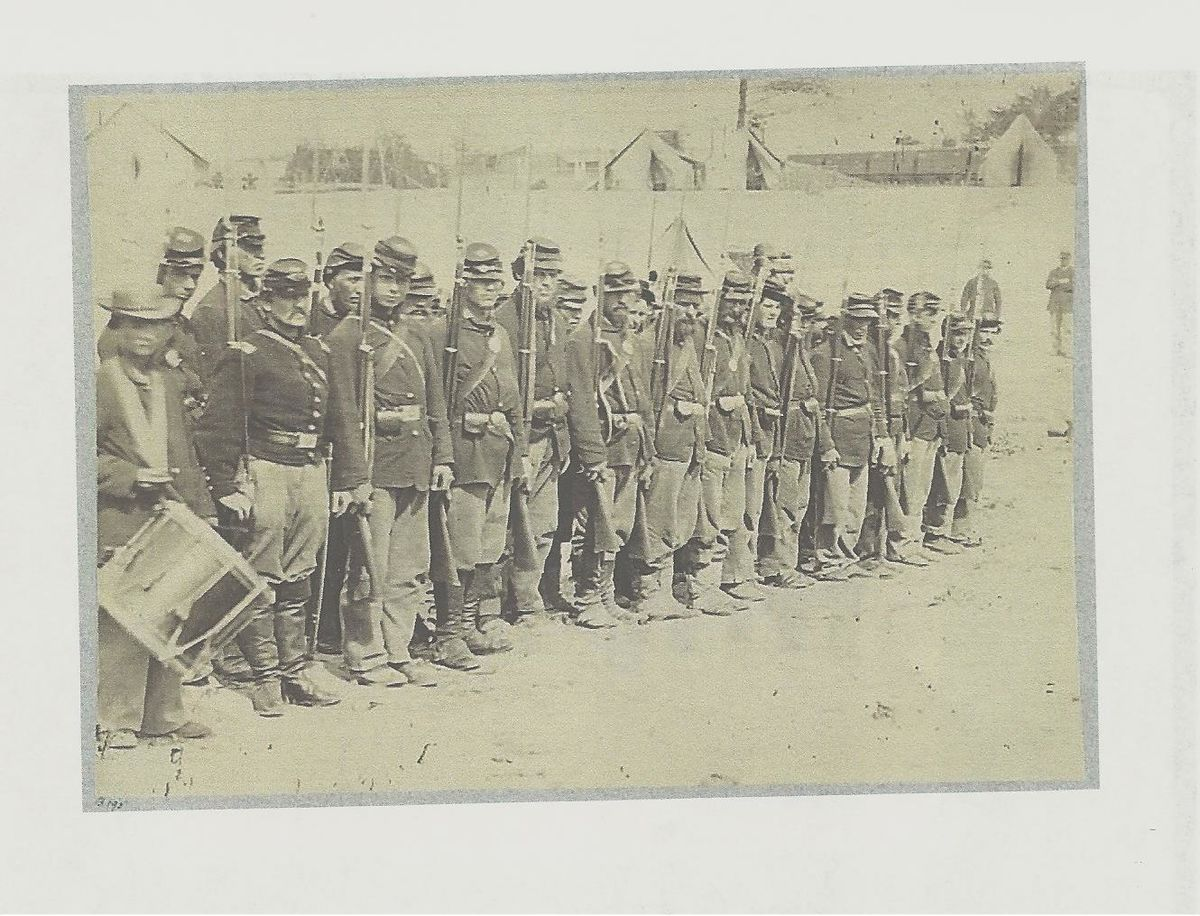 cda6354a93a American Civil War Corps Badges - Wikipedia