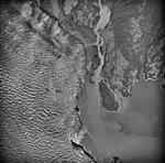 Columbia Glacier, Heather Island, Side Edge of Calving terminus, August 25, 1969 (GLACIERS 1016).jpg