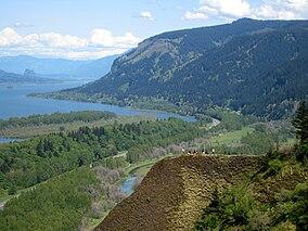 Columbia gola del fiume da corona point.jpg