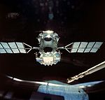 Compton Gamma Ray Observatory released from Atlantis (S37-96-009).jpg