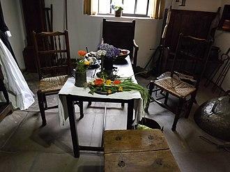 Cooks' Cottage - Image: Cooks' Cottage Inside 01