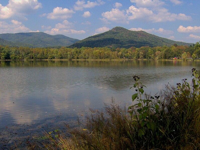 File:Cove-lake-fork-mountain-tn1.jpg