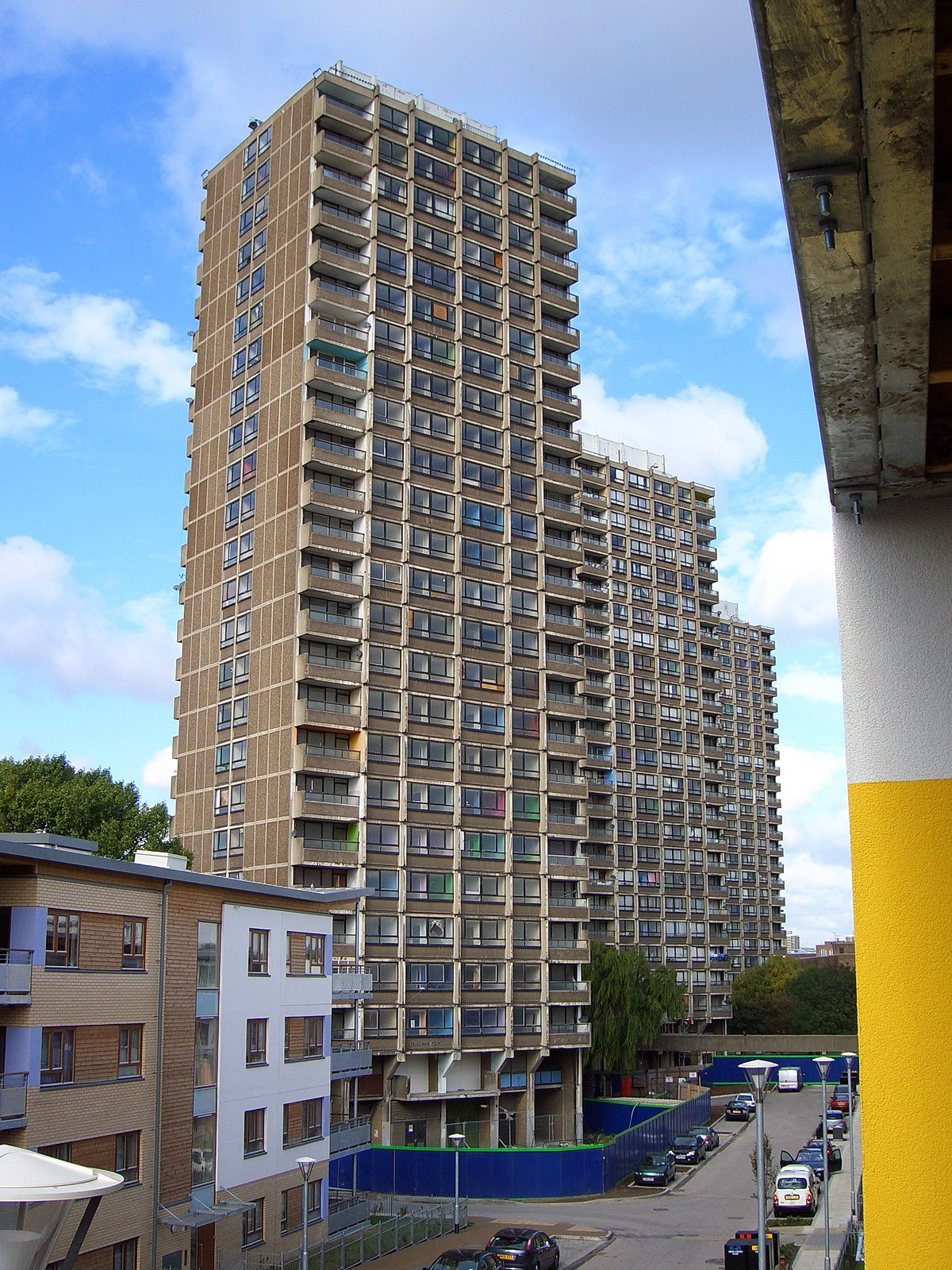 Tower blocks in great britain wikipedia for Building an estate