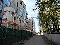 Cukrovarnická ulice, západní konec se hřbitovnní zdí.jpg