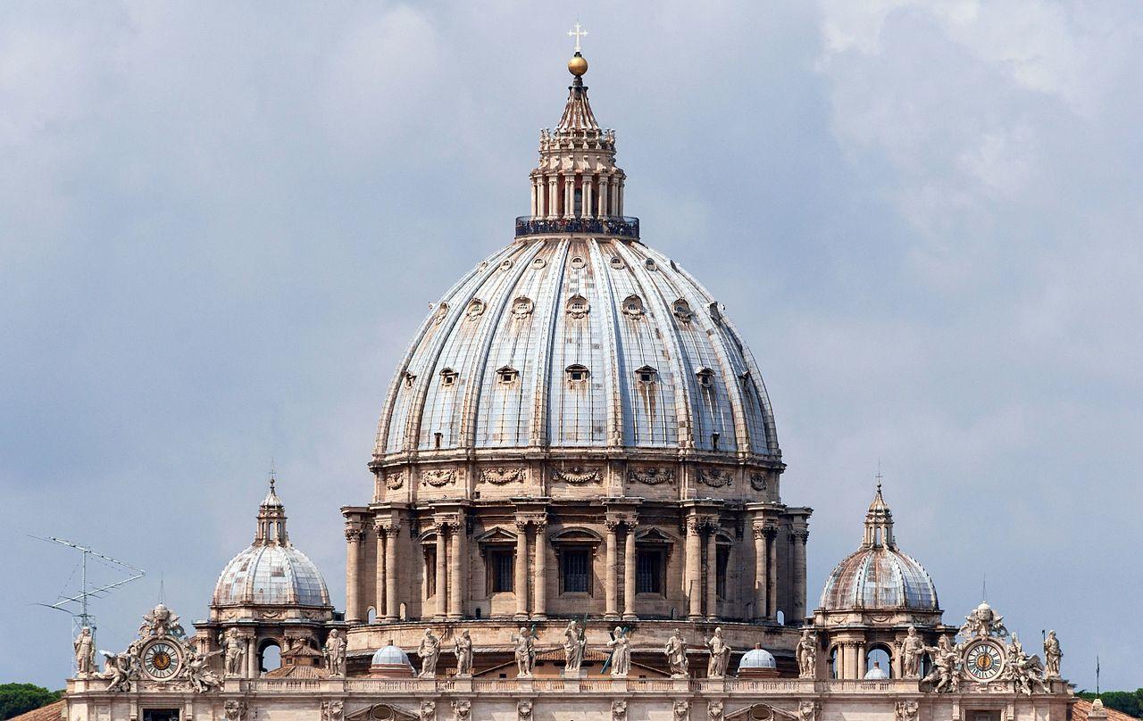 File:Cuppolas Saint Peter's Basilica, Vatican City.jpg