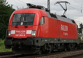DB 182 002.JPG