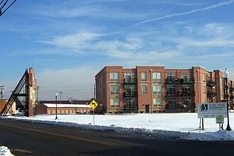 Plymouth, Michigan - Image: Daisy Square Condos Plymouth Michigan