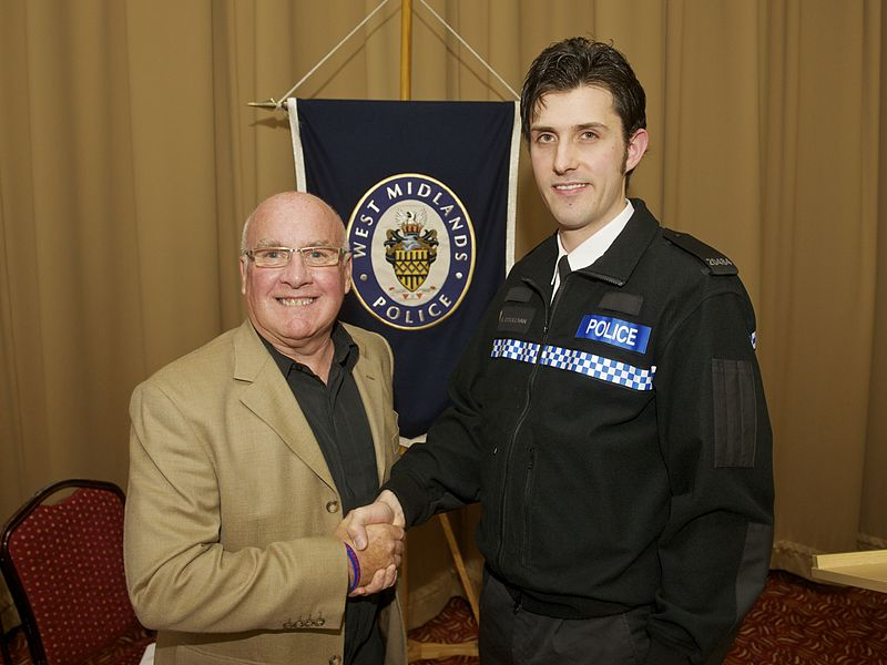 File:Day 308 - West Midlands Police - Awards Evening - PC OSullivan and Mr Hutton (8147841184).jpg