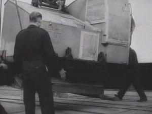 File:De Noordam brengt de eerste Marshallgoederen.ogv