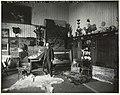 De schilder John Hulk in zijn atelier, gefotografeerd door Sigmund Löw in 1903.jpg
