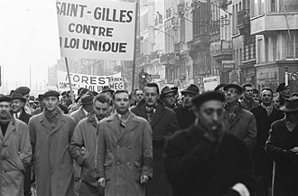 Unitary Law - Photograph of crowds in Brussels demonstrating against the law during the general strike of 1960-61.
