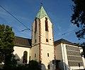 Die katholische Kirche Sankt Peter und Paul ist das älteste Baudenkmal von Feudenheim. Der älteste Teil ist der massive gotische Turm (ca. 1450). - panoramio.jpg