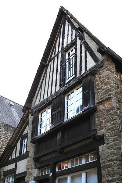 File:Dinan - 29 rue du Jerzual 20130216-01.jpg Исторические памятники Динана, достопримечательности Динана, фотографии Динана