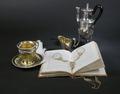 """Dokumentation, utställningen """"Silver och smycken till vardag och fest"""" år 2006 - Hallwylska museet - 85816.tif"""