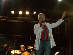 Don Backy in concerto al Palapartenope di Napoli nel 2010