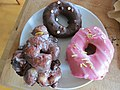 Doughnuts from Cartems (21291975581).jpg