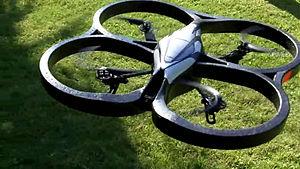 Español: Fotografía de una Parrot AR.Drone sob...