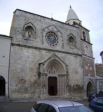 Larino Cathedral - Image: Duomo Larino 4