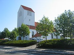 Dyssegård Kirke 2005.jpg