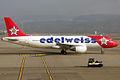 Edelweiss Air, HB-IHY, Airbus A320-214 (15834175404).jpg