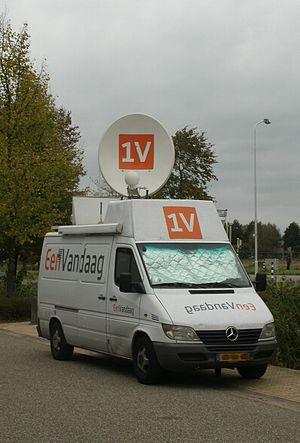 EenVandaag - EenVandaag satellite truck