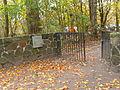 Ehrenfriedhof-cap-arcona-scharbeutz-haffkrug-eingang.JPG