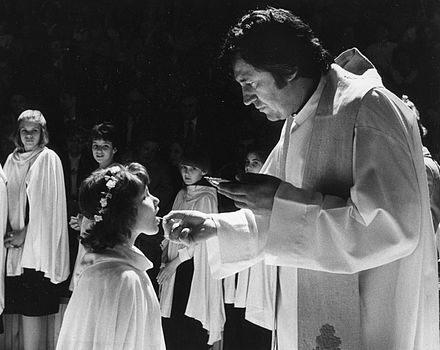 A Catholic girl receives First Communion in Hungary. Elsoaldozo fortepan 40689.jpg