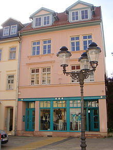 Office building of Emanuel Aber and birthplace of Adolf Aber in Apolda, Bahnhofstraße 7 (Source: Wikimedia)