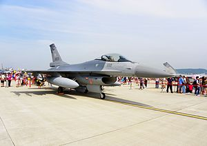 F-16 in Songshan Air Force Base 20110813