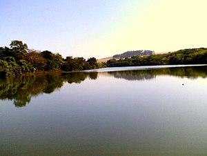 Faculdade de Medicina de Ribeirão Preto - Dam and lake in the campus