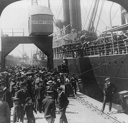 Swedish emigrants boarding ship in Gothenburg in 1905 Farewell to home, Goteborg, 1905.jpg